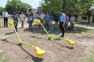 Quedó como nueva la Plaza Cabrera de San José Oeste