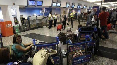 El ministro de Turismo Gustavo Santos sobre Aerolíneas Argentinas: