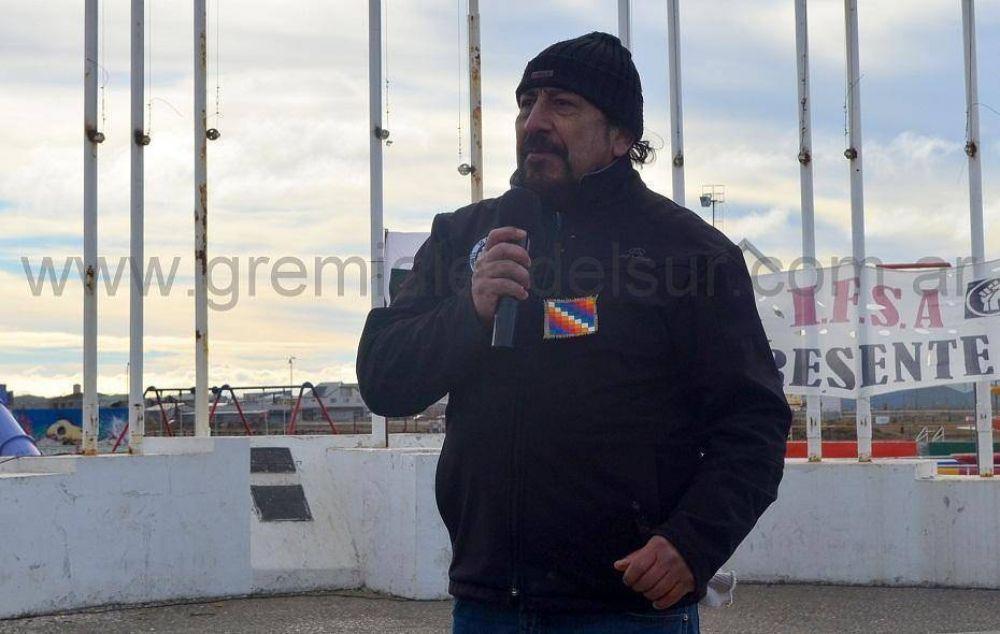 """""""Vamos a salir a la calle con los trabajadores y el pueblo"""", Oscar Martínez"""