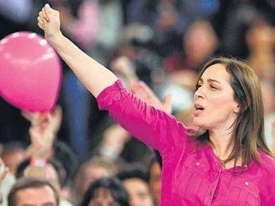 María Eugenia Vidal se pone Mar del Plata al hombro y corta por lo sano
