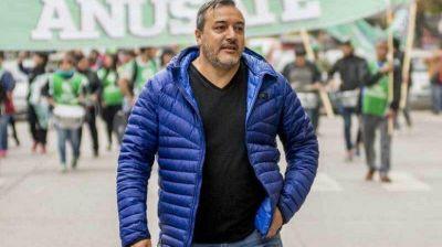ATE denunció que amenazan a trabajadores radiales por poner al aire a Aguiar