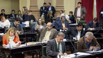 Adecuan la ley de presupuesto 2018 a la reducción de carteras