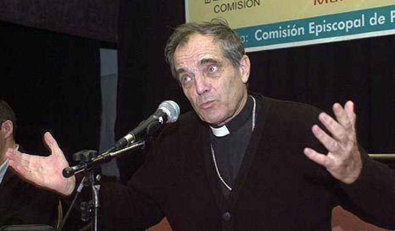 """Iglesia: """"Lucha contra la pobreza es más importante que Ley de Medios"""""""