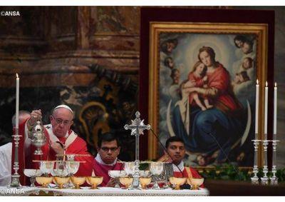 Papa: la fe en Cristo nos lleva a ser hombres de esperanza y no de desesperación, de la vida y no de la muerte