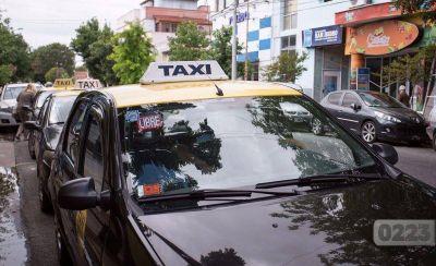 """Taxistas rechazan que en Mar del Plata haya bajado la criminalidad: """"Sufrimos 5 robos por día"""""""