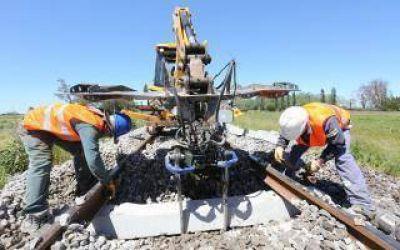 Renovaron casi 10 mil durmientes defectuosos en las vías a Mar del Plata