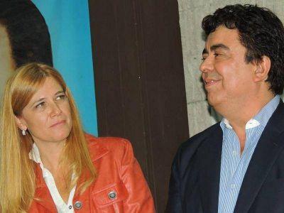 Muestra de debilidad en el PJ: Se acaba el poder de Fernando Espinoza y Verónica Magario