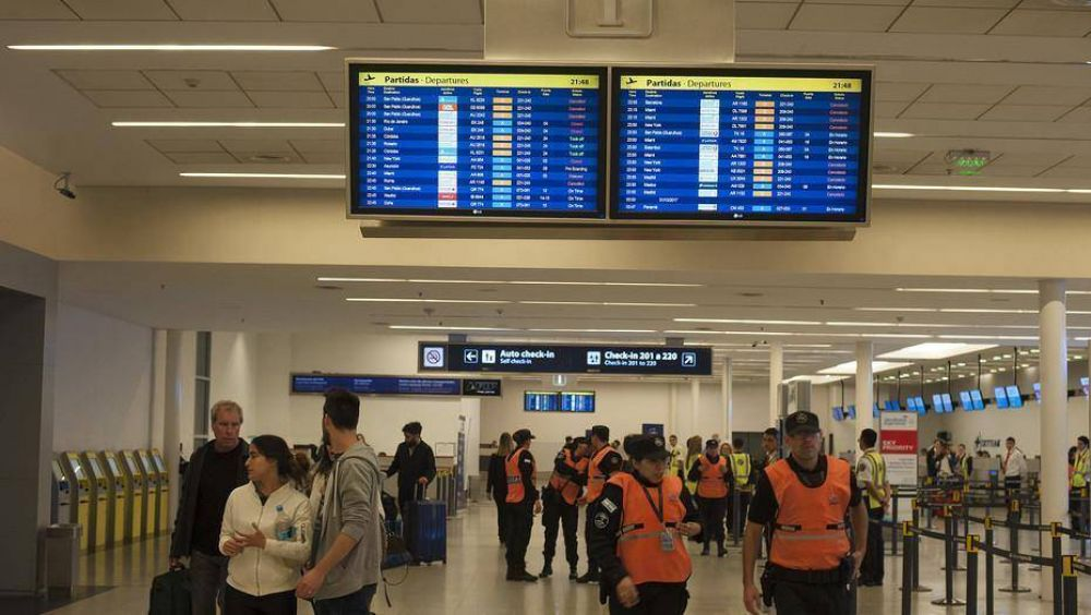Por el conflicto gremial, Aerolíneas cancela siete vuelos internacionales