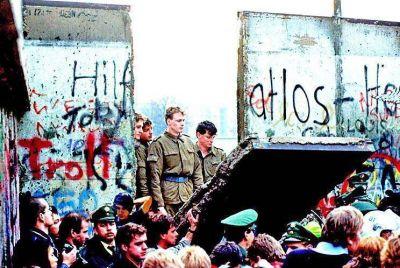 El Muro de Berlín se cayó: hoy se necesita otra política
