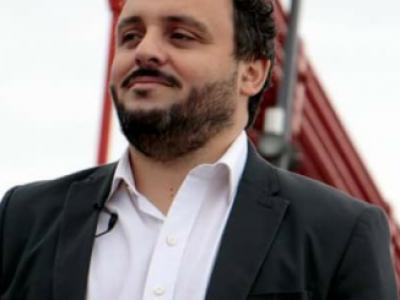 """""""No se puede sobrevivir  sólo con los votos del Conurbano"""""""
