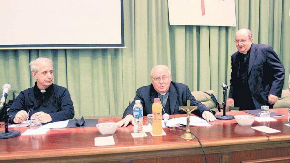 Los obispos renuevan sus autoridades y asoman Poli y Ojea para presidir el Episcopado