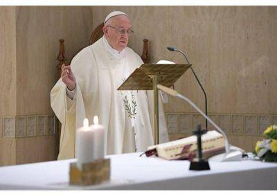 """Papa: Ante nuestros pecados, dejémonos """"misericordiar"""" por Dios"""