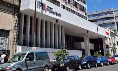 Allanamientos y detenidos por una causa que investiga millonaria estafa al IPS