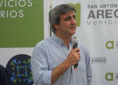 Acusan al intendente de San Antonio Areco de habilitar un canal que inundará una parte de la ciudad