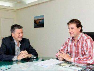 Menna se reunió con Juncos para tratar gestiones por obras para la ciudad
