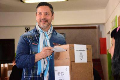 Gustavo Menéndez presentó lista para presidir el PJ de la Provincia de Buenos Aires