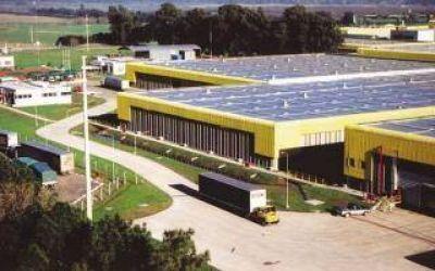 Papelera del Plata confirmó el despido de 26 trabajadores en su planta de Zárate
