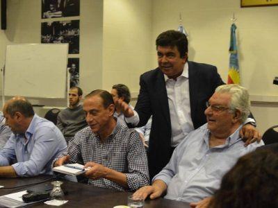 Cambiemos se mete en el PJ: Señales de alarma en las elecciones de Buenos Aires y La Plata