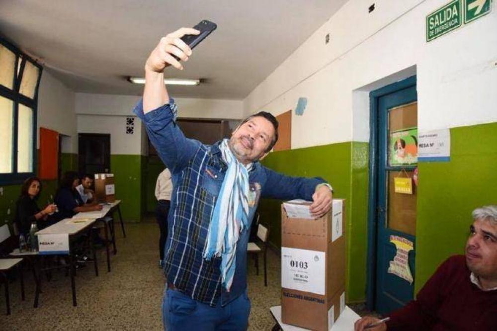 """La """"mochila"""" de Menéndez: una causa judicial puede terminar con su carrera política"""