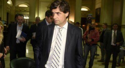 Lacunza giró por los medios y aseguró que la propuesta de Macri subió a 40.000 millones para 2018