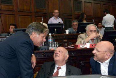 """Cornejo va por un """"Súper Martes"""" con 7 leyes"""