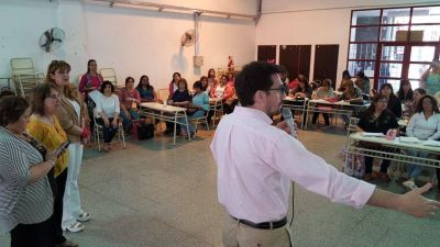 Juan Luna Corzo adelantó que en el 2018 se reforzará el proceso de capacitación docente