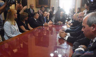 A cuatro semanas del recambio, Colombi retoma agenda y Valdés define gabinete