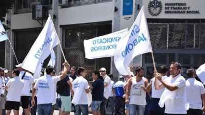 Unilever insiste con despidos