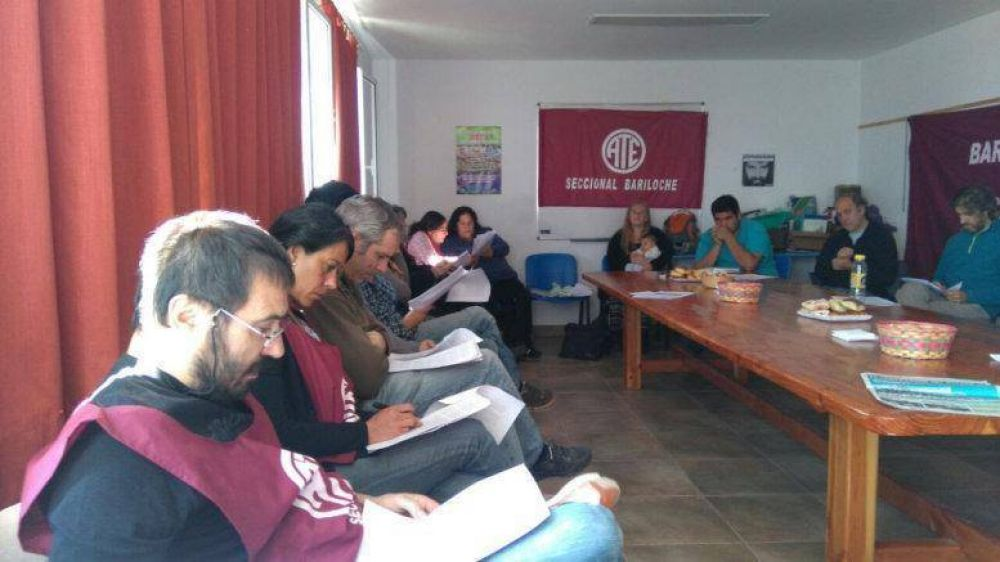 Plenario Regional de ATE debatió sobre la Reforma Laboral impulsada por Macri