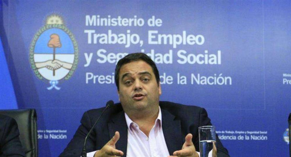 Flexibiliza Gobierno la reforma laboral para guiño de CGT