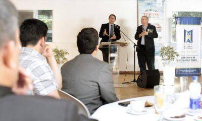 Empresarios y lideres junto a Andrés Palau en la previa del
