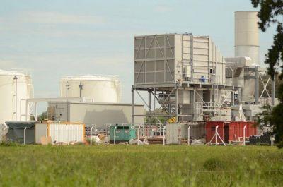 Presentan un amparo para frenar la central termoeléctrica