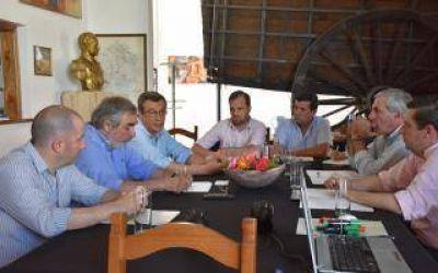 Intendentes encabezaron un nuevo encuentro de regionalización en Trenque Lauquen