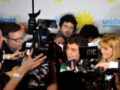 Vidal pasó por encima a La Cámpora y cerró el acuerdo por el Presupuesto en la Legislatura