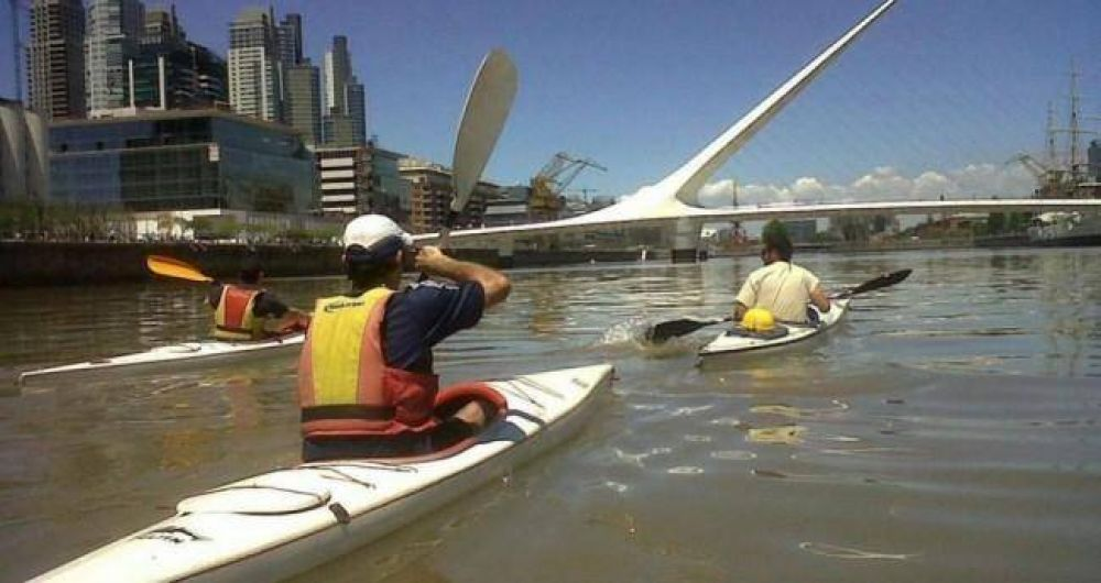 El lado del Rosedal y los diques de Puerto Madero, muy contaminados