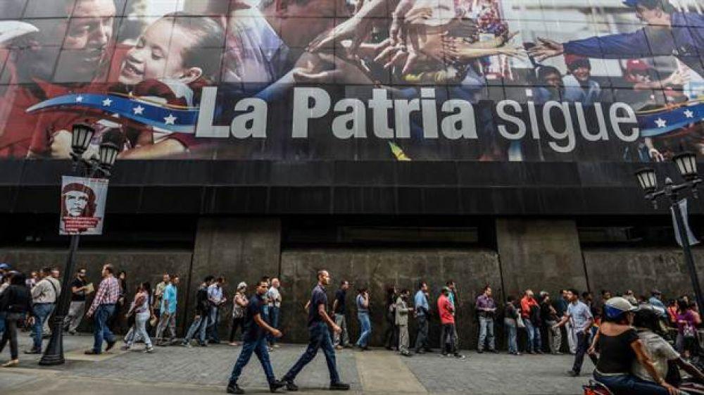 Declaran el default parcial de Venezuela, pero el gobierno dijo que paga su deuda