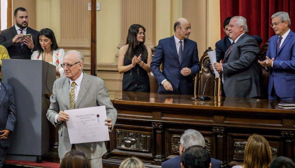 Renovación: debutarán 10 senadores y 18 diputados