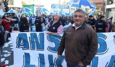 Trabajadores de ANSES movilizan a Plaza de Mayo en rechazo a despidos