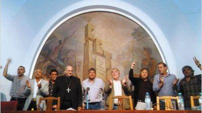 El acuerdo con Triaca desató la tensión en la interna sindical
