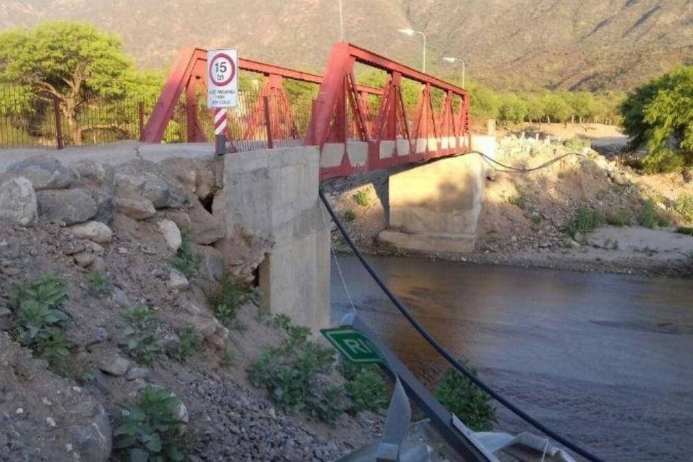 En Huaycama también apuntan contra Dusso por la falta de obras