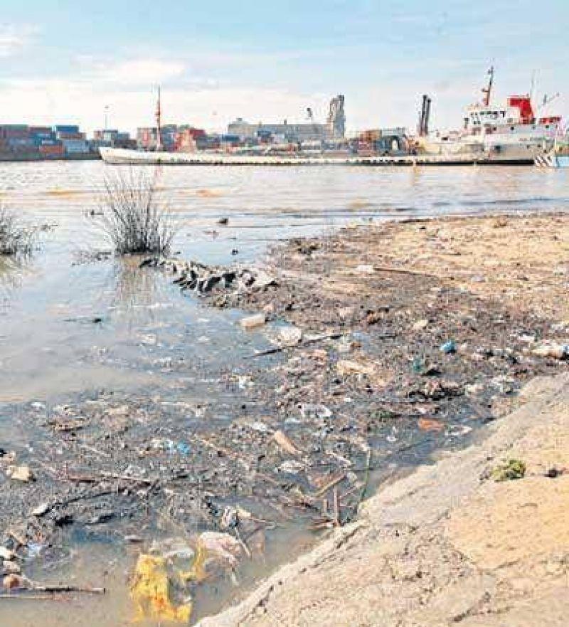 La polución del Río de la Plata, cada vez peor