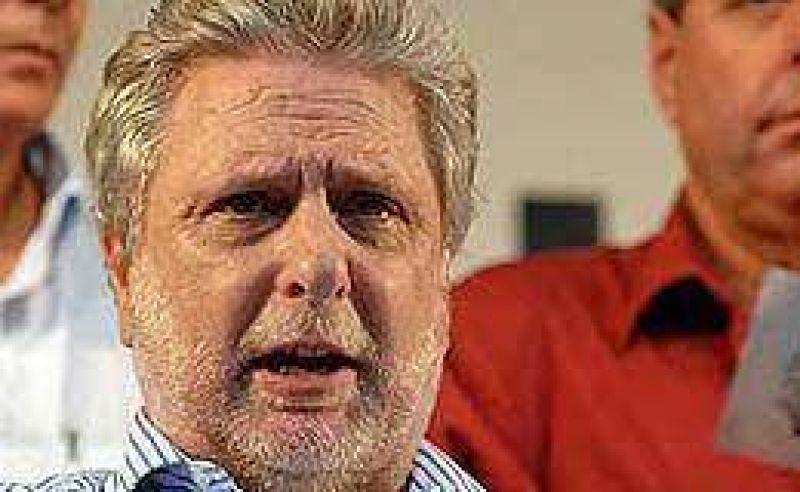 """""""Gobierno somete a las provincias enviando bajos recursos"""""""