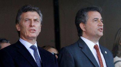 Macri toma juramento a los ministros Etchevehere y Rubinstein