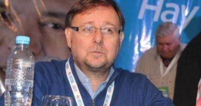 Arde la interna del Smata: expulsaron a Romero
