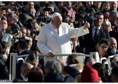 """Catequesis del Papa: """"La Eucaristía no es un espectáculo, es el memorial de la Pascua de Cristo"""""""