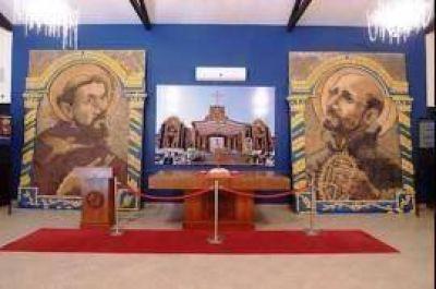 Desde el papamóvil hasta el 'altar de maíz': reabren museo del Papa Francisco