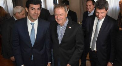 Cumbre de los gobernadores peronistas para armar un polo de poder en el Congreso