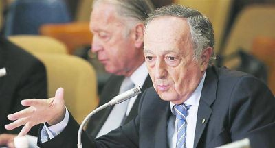 La UIA buscará frenar la suba de impuestos a las gaseosas