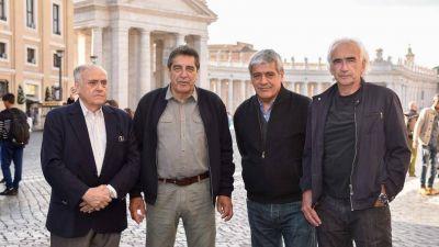 En medio de la polémica por la reforma laboral, sindicalistas argentinos se muestran con el Papa