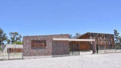 La gobernadora inauguró el complejo del Jardín Botánico de la UNSE